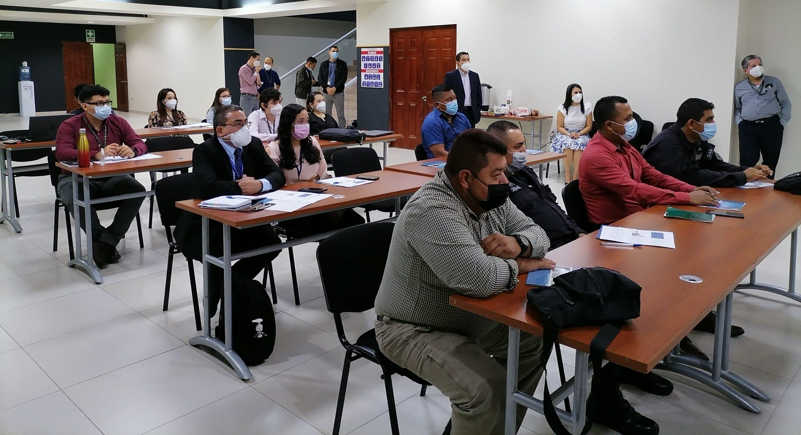 Director Ejecutivo de la CNA inaugura jornada de capacitación