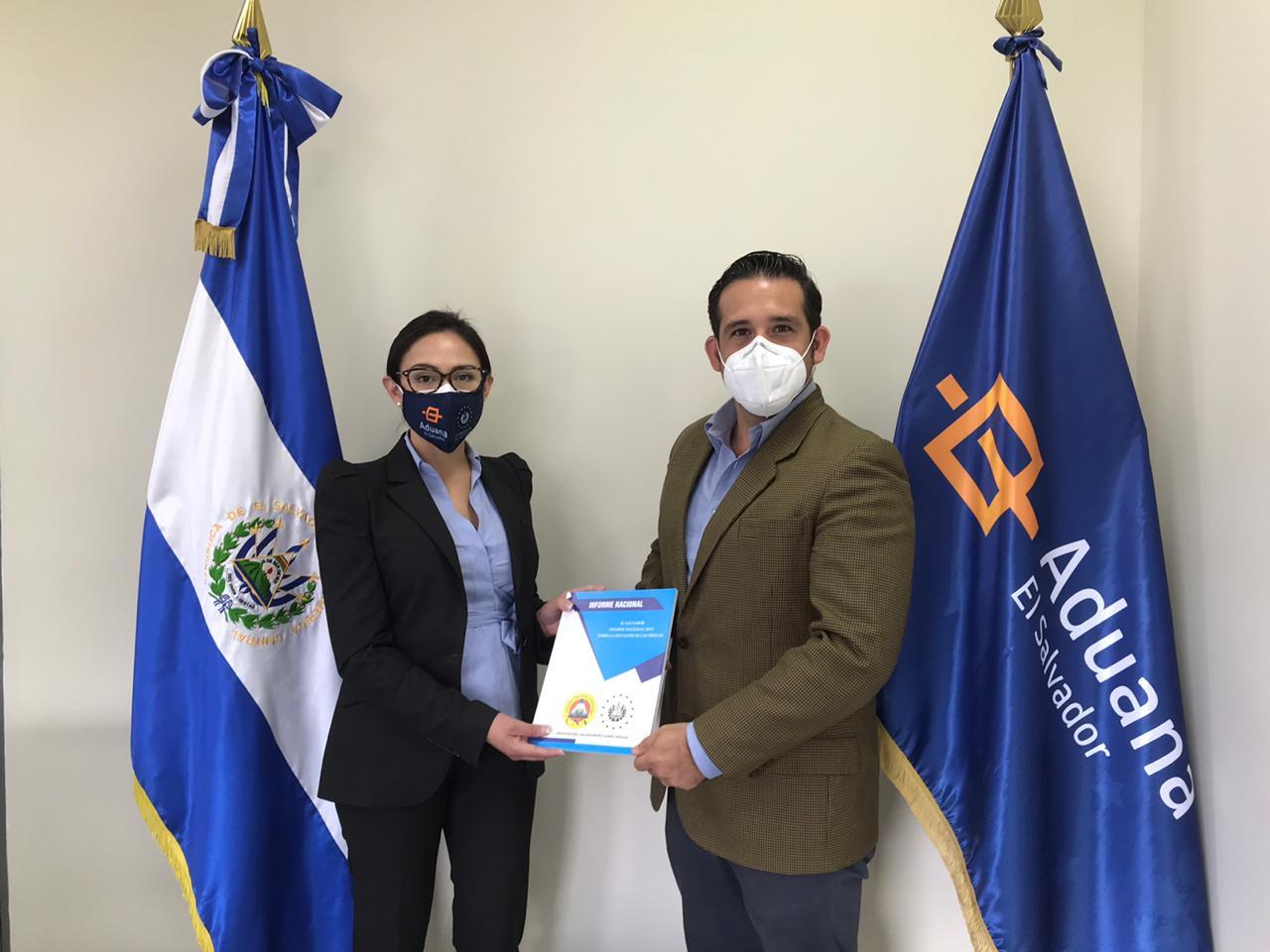 Director Ejecutivo de la CNA se reúne con Directora General de Aduanas