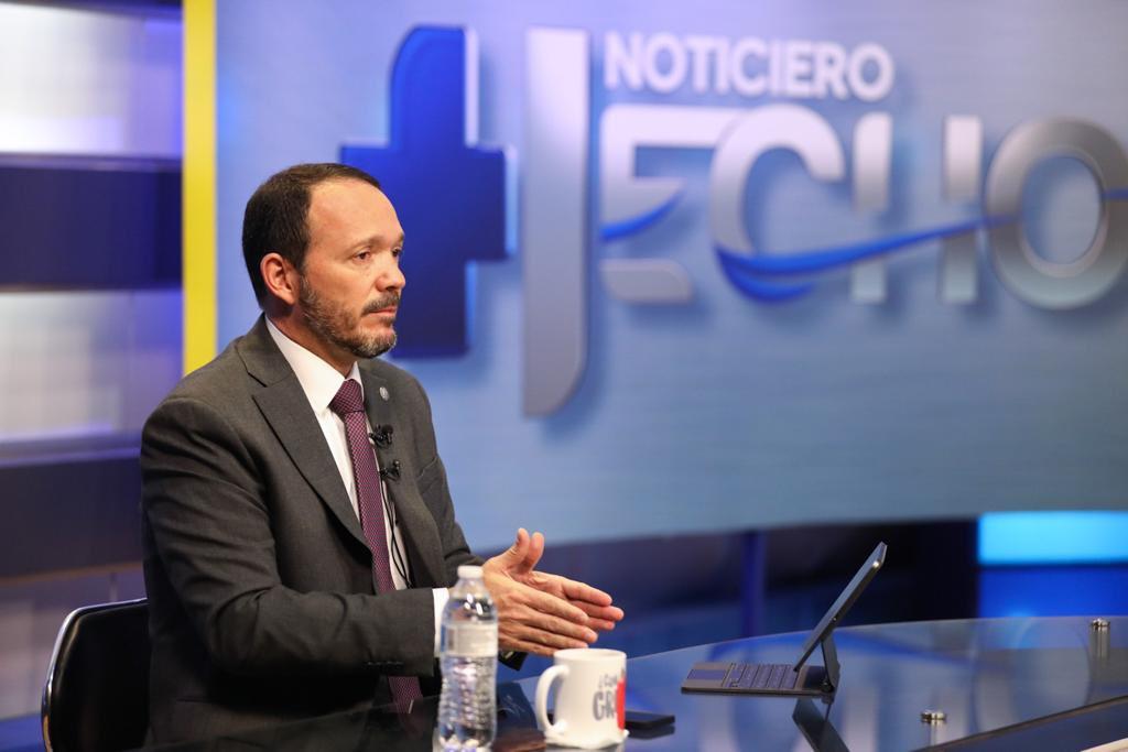 """Ministro de Seguridad Pública: """"nuestro enemigo interno más grande son estas estructuras irregulares o pandillas"""""""