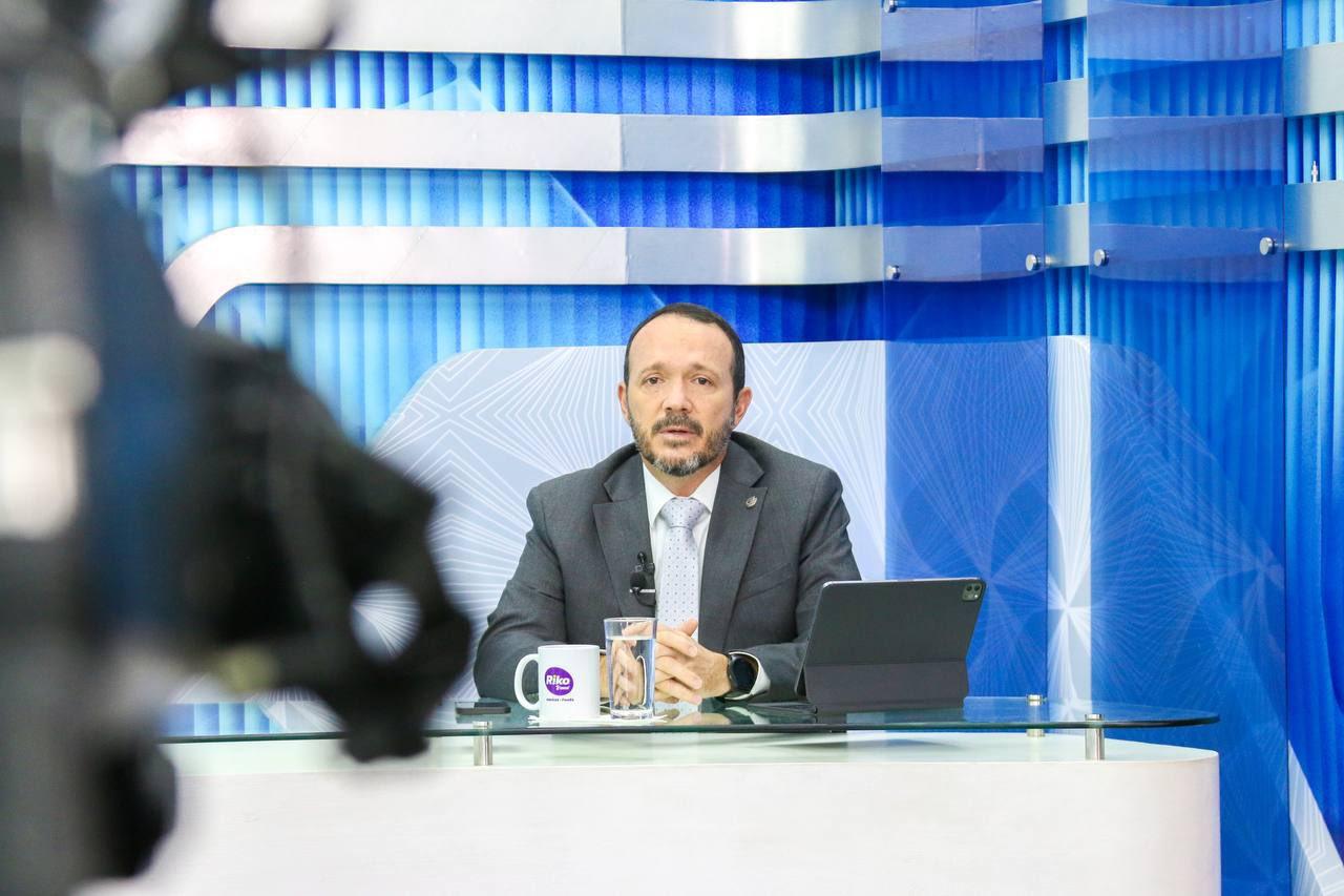 """""""Lo que tenemos son políticos procesados por haber cometido delitos durante sus gestiones"""": ministro de Seguridad"""