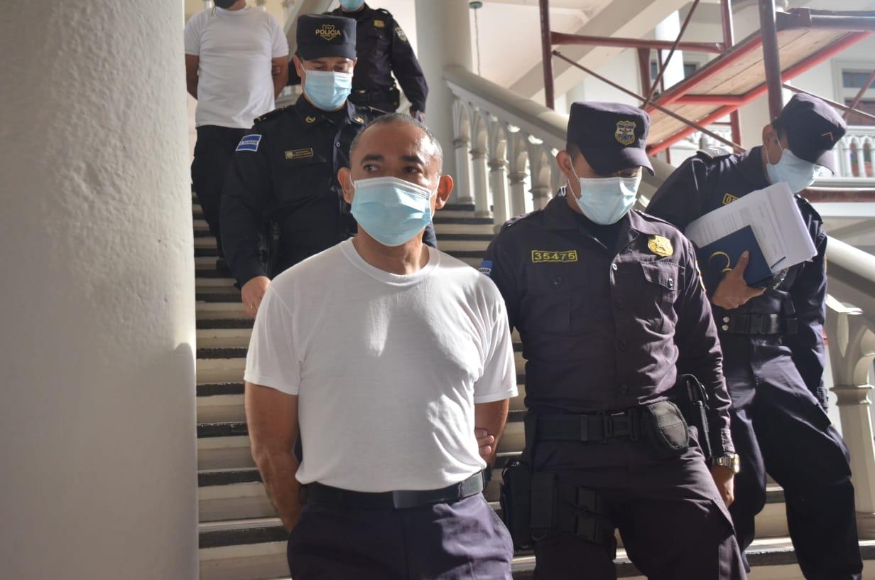 Exministro de Seguridad del FMLN deberá responder por 4 delitos